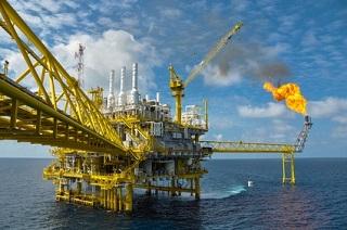 Lohnen sich noch Investments in Öl Aktien? © currahee_shutter