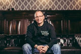 Der Finanzrocker Daniel Korth im Interview